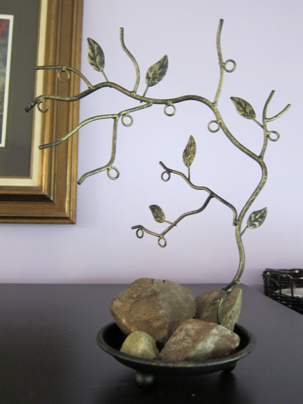 Metal Jewelry Tree with Tray Stand