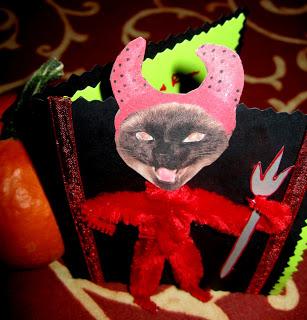 Emily+Devil+Card