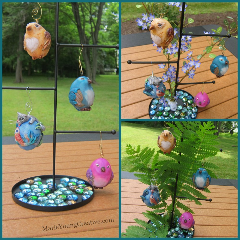 Three ways to display summer ornaments.